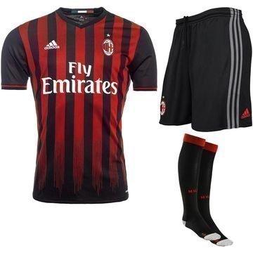 AC Milan Kotiasu 2016/17