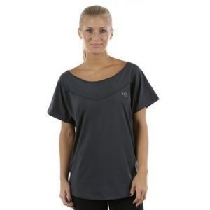 Annica Tee