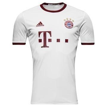 Bayern München 3. Paita 2016/17 Lapset