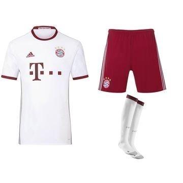 Bayern München 3. Peliasu 2016/17