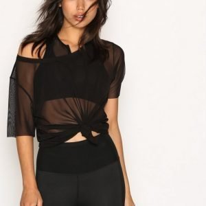 Fashionablefit Low Back T-Shirt Lyhythihainen Treenipaita Musta