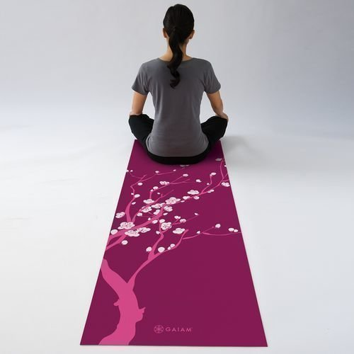Gaiam Yoga mat 3mm Spring Cherry Blossom