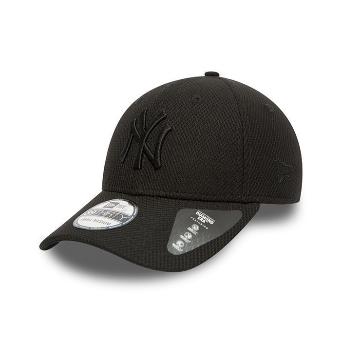 New Era Diamond Era Essential 3930 Black Small/Medium