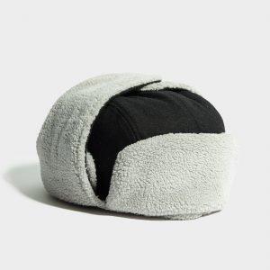 New Era Trapper Hat Musta
