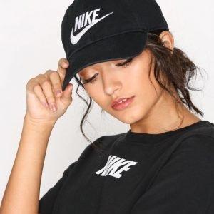 Nike Futura Washed H86 Lippalakki Washed Black