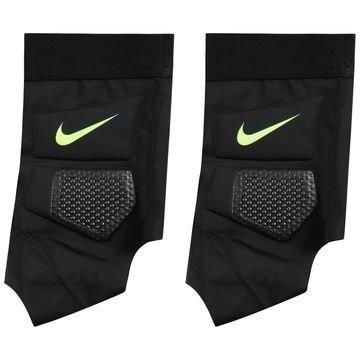 Nike Hyperstrong Match Nilkkasuojat Musta