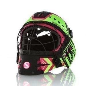Travis Elite Helmet