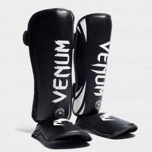 Venum Stand Up Shinguards Musta
